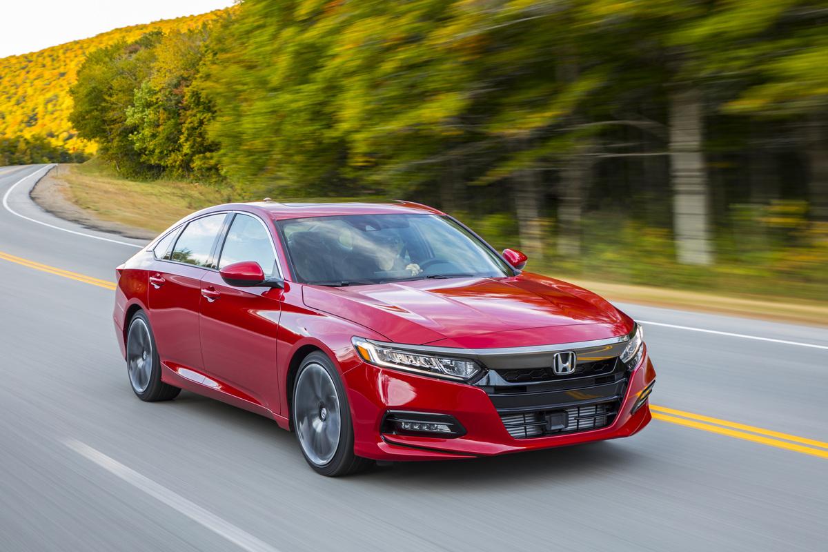 Varios Vehiculos Honda Acura Tienen Un Llamado A Revision En Mexico Autodinamico